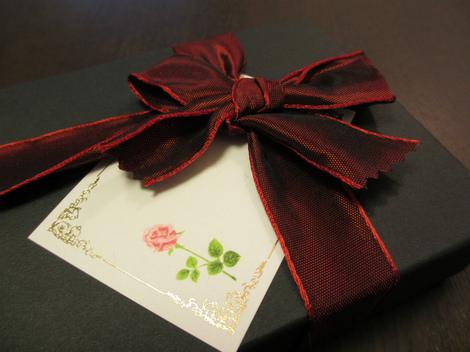 リボンとメッセージカード