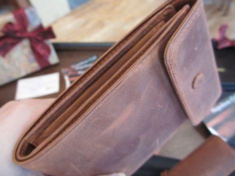ナポレオンカーフ 二つ折り財布