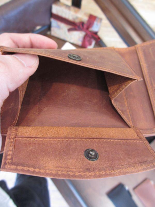 http://www.xn--bckf8ba5azb8ksc6j9c.com/img/review/napoleon_purse07.jpg